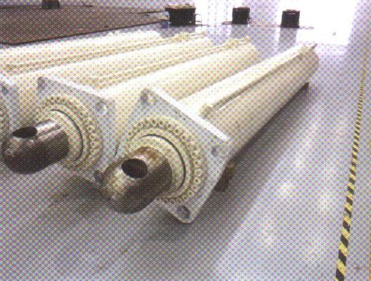 土压平衡盾构机的排土机构主要包括螺旋输送机和皮带